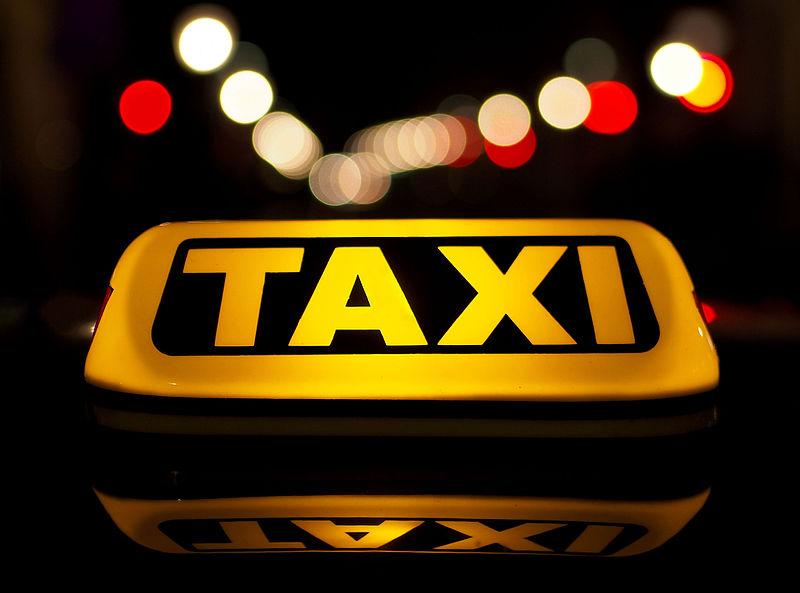 Mobiililaite taksamittariksi taksiin?